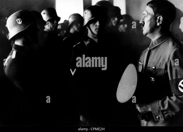 Adolf Hitler at the swearing in of members of the SS, 1936 - Stock-Bilder