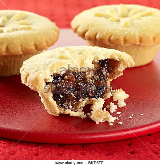 Cut open mince pie - Stock Image