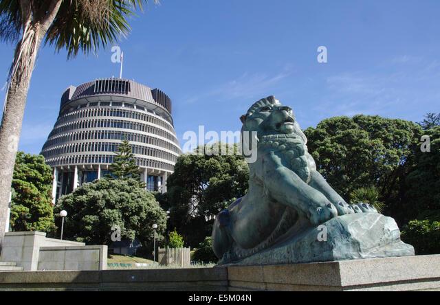 Lion Statue Parliament Stock Photos Amp Lion Statue