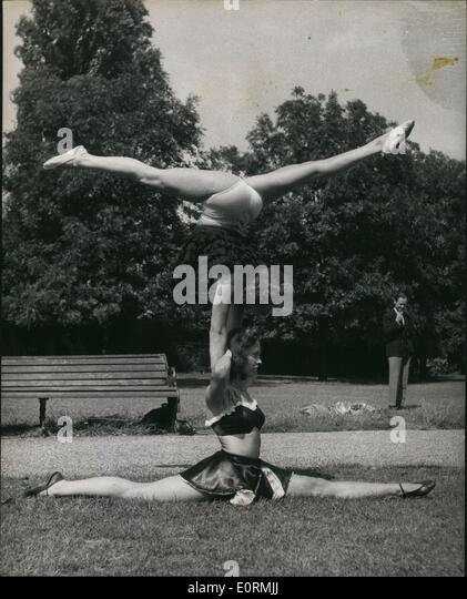 Jan 1, 1960 - Londoners Get A Pre- of the upside down girls: If you were walking in the Regent's Park district - Stock Image