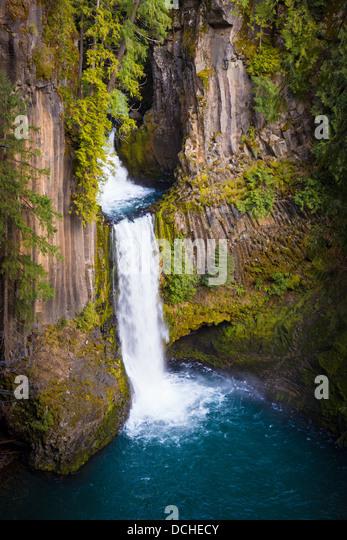 Toketee Falls waterfall in Douglas County, Oregon - Stock Image