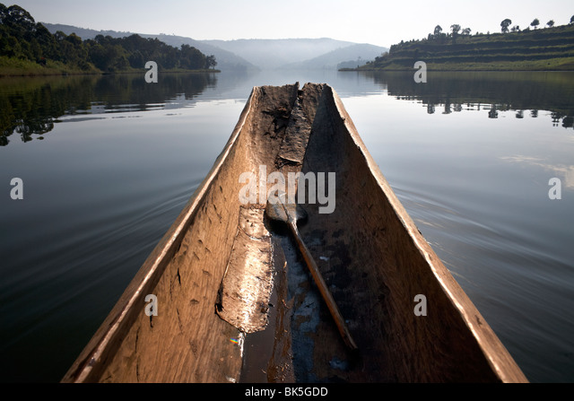 A dugout canoe on Lake Bunyoni, Uganda, East Africa, Africa - Stock Image