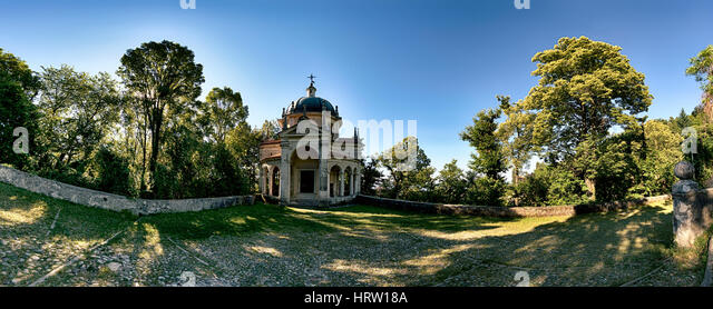 Chapel on the Sacred Way in summer season - Santa Maria del Monte Varese - Stock Image