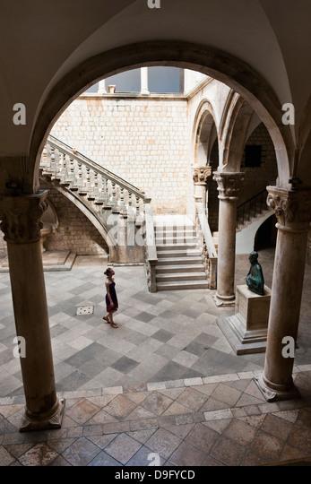 Tourists inside the Rectors Palace, Dubrovnik, Croatia - Stock Image