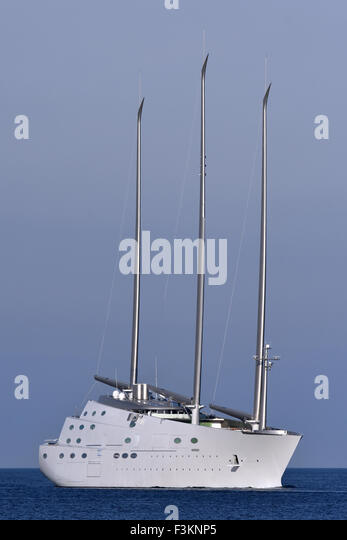 Wold's biggest sailingyacht 'A' (prjectname: White Pearl) performing seatrials at the Kiel Fjord - Stock Image