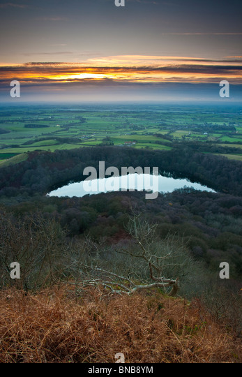 Winter Sunset over Lake Gormire and the Vale of Mowbray, North Yorkshire - Stock Image