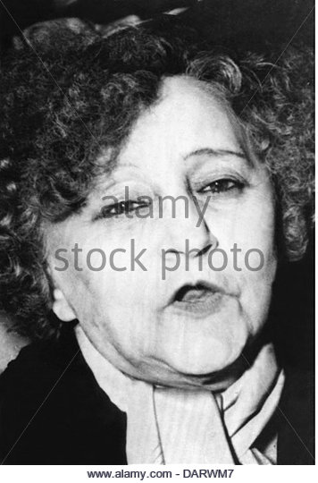 colette sidonie gabrielle the hand They guard their jewels and railway shares and, with good humor and a firm hand on the servants, gracefully grow old  she was born sidonie-gabrielle colette.
