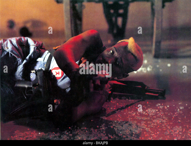 DEMOLITION MAN (1993) WESLEY SNIPES DMM 002FOH - Stock Image