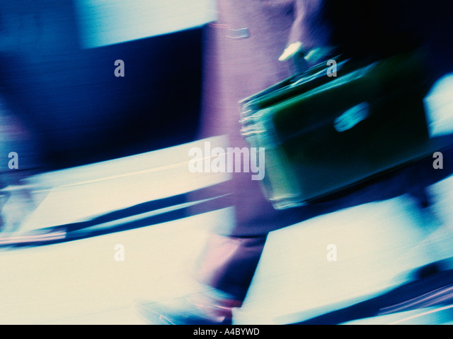 New York City Businessman With a Briefcase Walking to Work USA - Stock Image