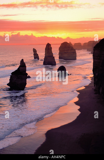 The Twelve Apostles, Port Campbell National park, Victoria, Australia - Stock Image