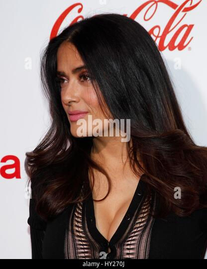 Las Vegas, NV, USA. 30th Mar, 2017. Salma Hayek at arrivals for CinemaCon 2017 Big Screen Achievement Awards, Caesars - Stock Image