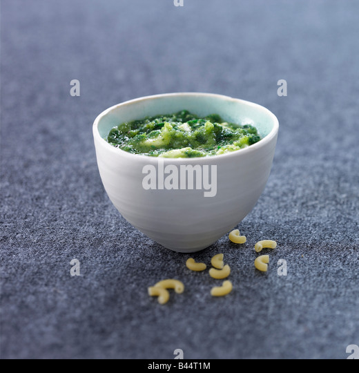 Spinach and ricotta sauce - Stock Image
