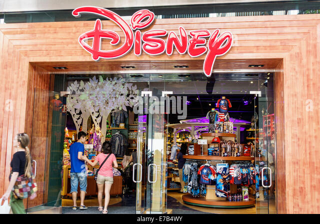 Disney store display stock photos disney store display for Ala moana jewelry stores