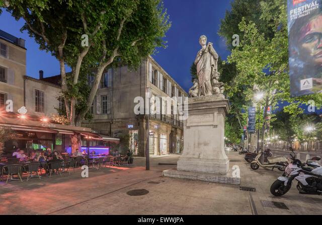 Cours Mirabeau, Street Cafe, Statue , Aix en Provence, Bouche du Rhone, France - Stock Image