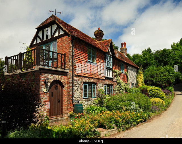 English Country Garden Cottage Stock Photos & English