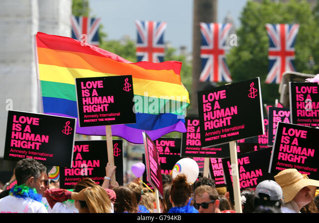 London, UK. 25th June 2016. Participants at the Pride London Parade in London where the theme is #nofilter Credit: - Stock-Bilder