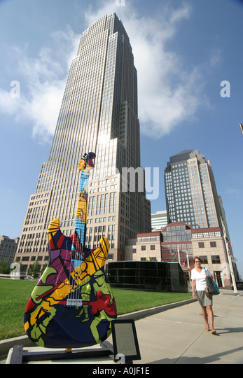 Cleveland Ohio Memorial Plaza GuitarMania Key Tower - Stock Image