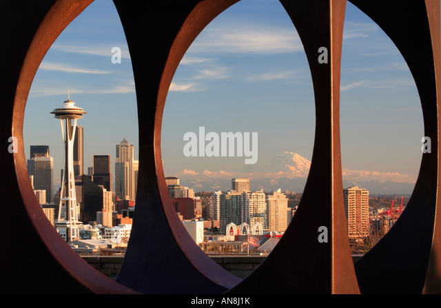 Seattle seen through abstract sculpture in Kerry Park - Stock Image