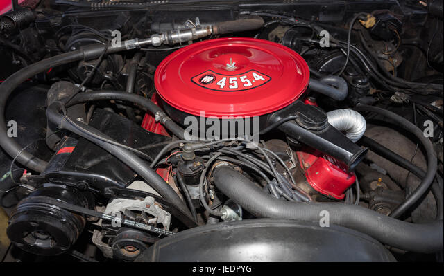 BROOKLYN, NEW YORK - JUNE 11 2017: A 1970 Buick Convertible engine on display at the Antique Automobile Association - Stock Image