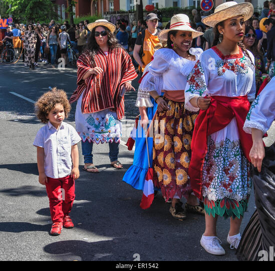 Kreuzberg, Berlin, Germany, 24th May 2015. Trendy young boy joins dancers in the parade as Berlin celebrates its - Stock-Bilder