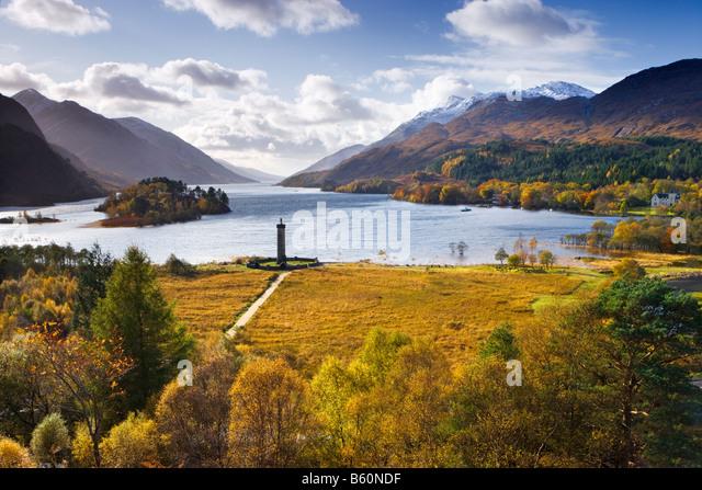 Glenfinnan Monument and Loch Shiel, Highland, Scotland, UK - Stock-Bilder