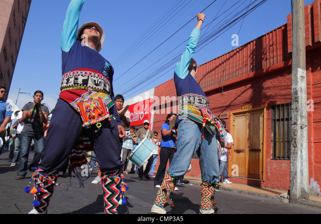 Chile Arica Avenida Arturo Prat 'Carnaval Andino' Andean Carnival parade rehearsal indigenous heritage folklore - Stock Image