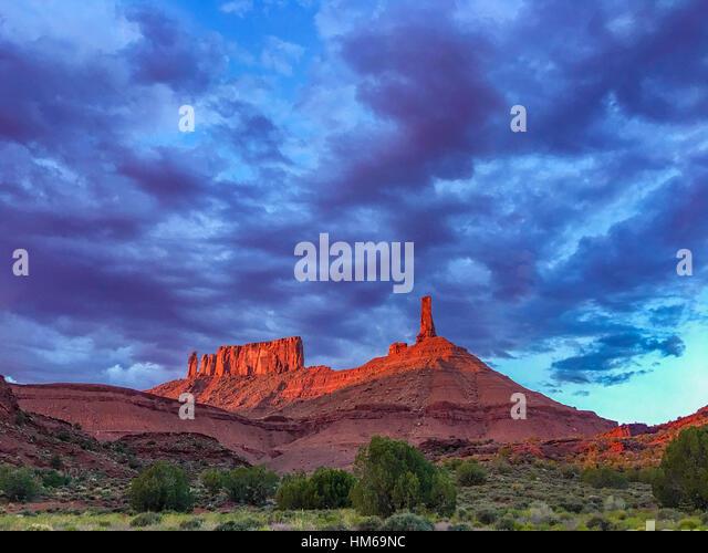Castle Rock in sunset light, Proposed La Sal Waters Wilderness, Utah NearCastle Valley, Colorado River, Moab - Stock-Bilder