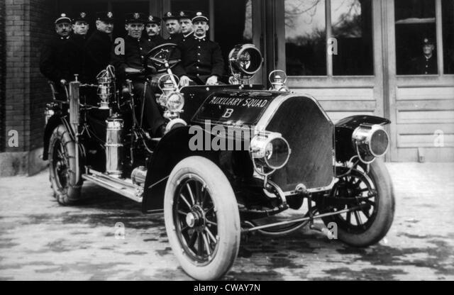 Auxiliary Squad, Springfield, Massachusetts, c. 1910. - Stock Image