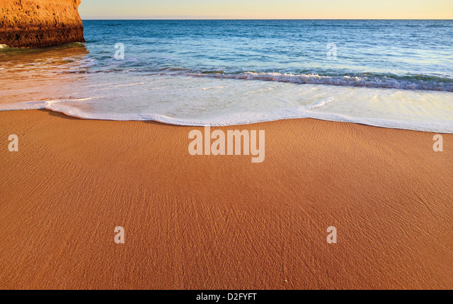 Portugal, Algarve: Detail of untouched beach near Carvoeiro - Stock Image