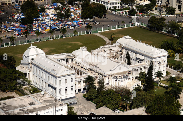 Aerial view of the Presidential Palace destroyed in the 7.0 magnitude earthquake that killed 220,000 people January - Stock Image