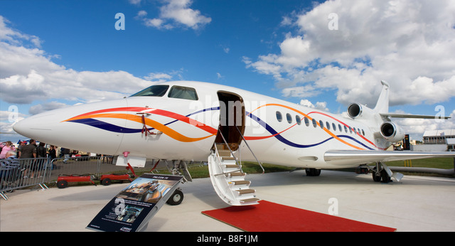 Business jet Dassault Falcon 7X at Farnborough Airshow 2008, UK - Stock Image