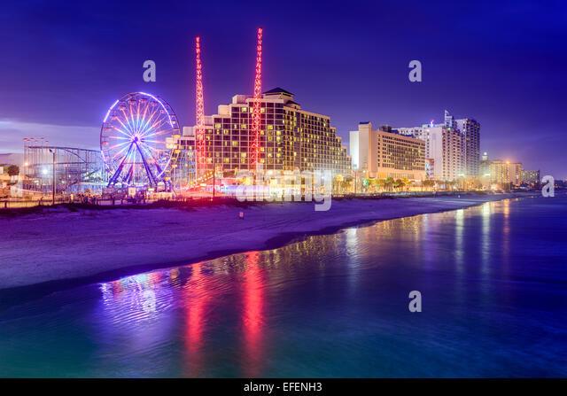 Daytona Beach, Florida, USA beachfront skyline at night. - Stock-Bilder