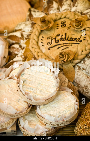 Paris France Place de la Madeleine Hediard gourmet shop , shop window - Stock Image