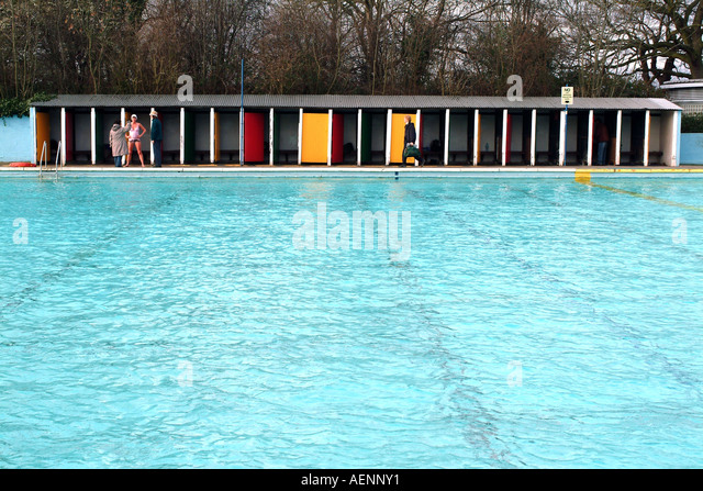 Tooting Bec Lido Stock Photos Tooting Bec Lido Stock Images Alamy
