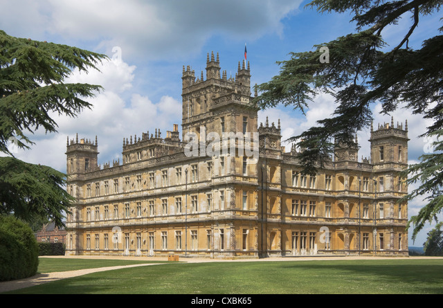 Highclere Castle, home of the Earl of Carnarvon, and the location for the BBC serial Downton Abbey, Hampshire - Stock Image