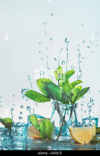 Making lemonade - Stock Image