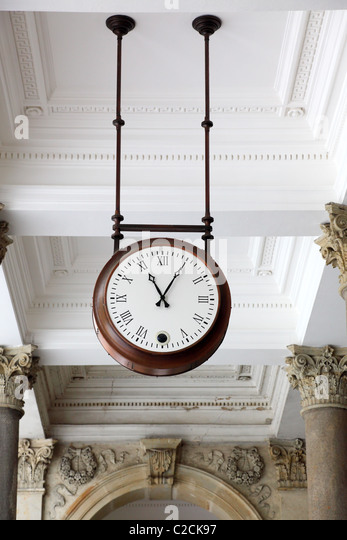 Round clock in a colonnade, Karlovy Vary - Stock-Bilder