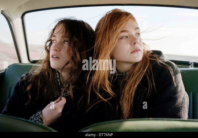 ALICE ENGLERT & ELLE FANNING BOMB (2013) - Stock Image