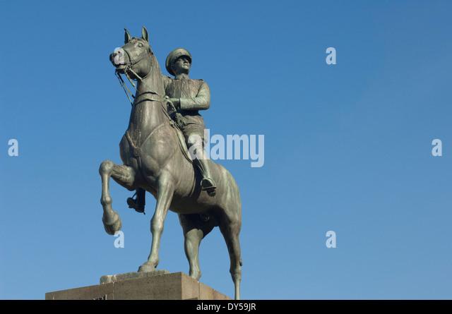 Statue of Mustafa Kemal Ataturk, founder of the modern Republic of Turkey, Izmir, Turkey. - Stock-Bilder
