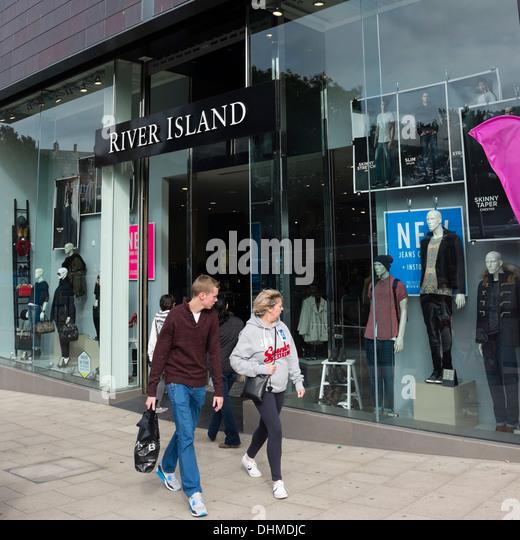 Isle clothing store