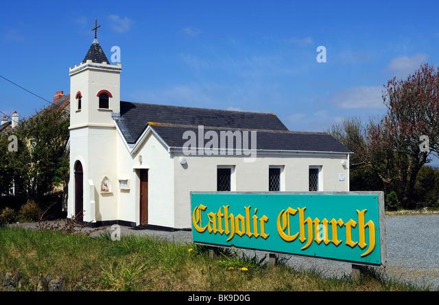 a catholic church in the village of mullion, cornwall, uk - Stock-Bilder