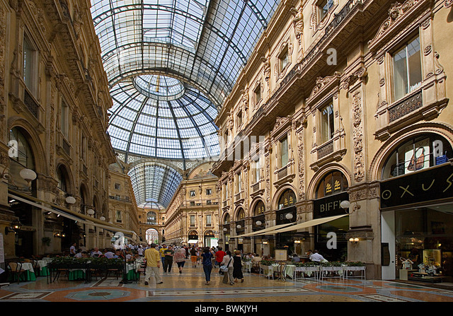 Italy Europe Milan Galleria Vittorio Emanuele II stores shops dealings - Stock Image