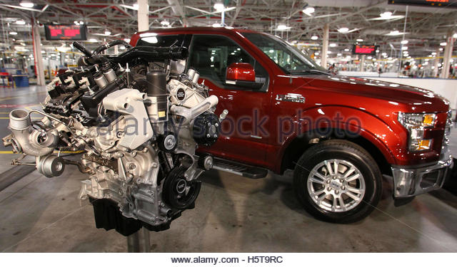 Ecoboost stock photos ecoboost stock images alamy for Ford motor company lima ohio