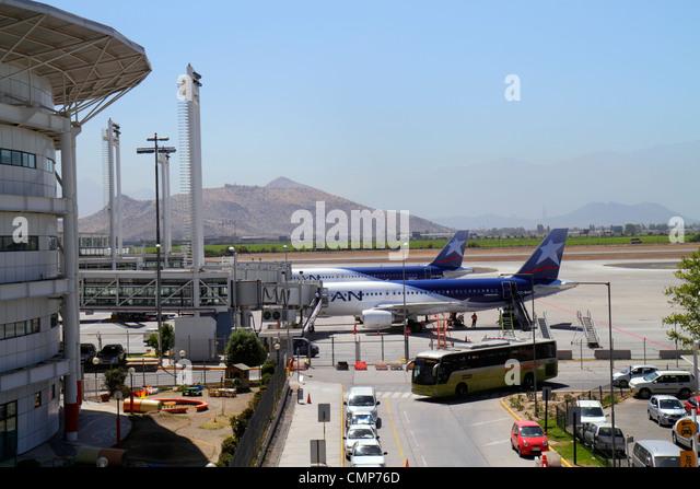 Chile Santiago Comodoro Arturo Merino Benítez International Airport SCL aviation terminal building gate tarmac - Stock Image