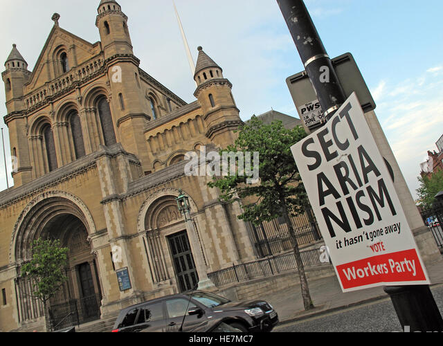 Sectarianism in Belfast sign, Cathedral quarter,City Centre, Northern Ireland, UK - Stock Image