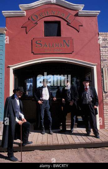 costumed performers  on set of Gunfight at the OK Corral, a reenactment show of the famous gunfight in Tombstone - Stock Image