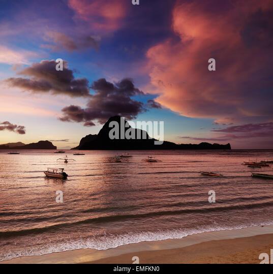 El Nido bay and Cadlao island at sunset, Palawan, Philippines - Stock Image