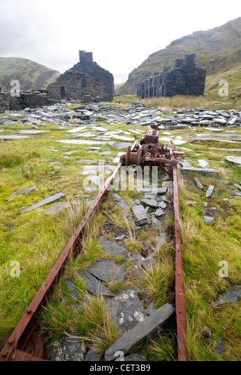 The remains of the abandoned Rhosydd Slate Mine high above Llyn Cwmorthin mine and Blaenau Ffestiniog in Snowdonia - Stock Image