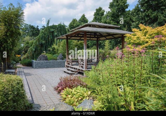 Ornamental wood horizontal stock photos ornamental wood for Xd garden design
