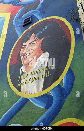 Belfast Falls Rd Republican Mural- IRA Volunteer Joe McDonnell - Stock Image